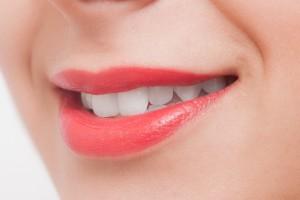 歯を白くする方法について