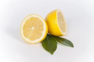 歯を白くするのにレモン塩って本当に良い?