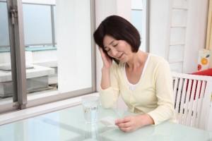 ザクロの美容効果【女性ホルモンの分泌促進】
