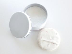 最近注目の洗顔方法と言えば、ベビーパウダー洗顔。